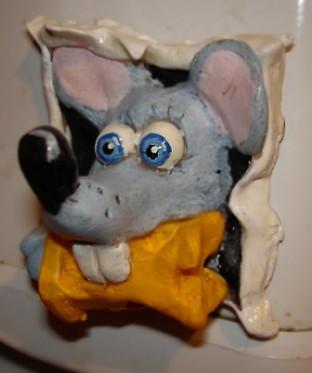 http://mu-mla.narod.ru/statuet/mouse-chees.jpg